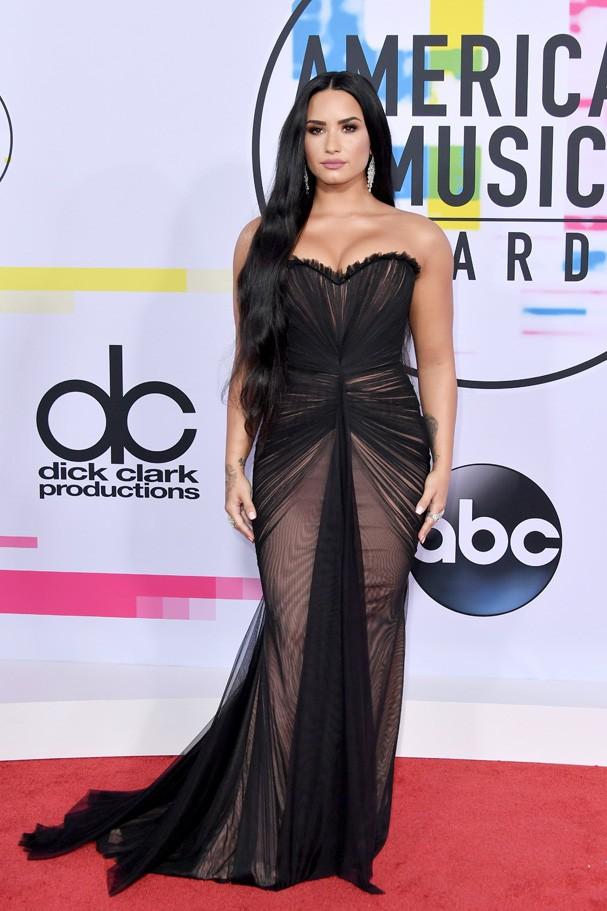 LOS ANGELES, CA - NOVEMBER 19: Demi Lovato attends the 2017 American Music Awards at Microsoft Theater on November 19, 2017 in Los Angeles, California.  (Photo by Neilson Barnard/Getty Images) (Foto: Getty Images)