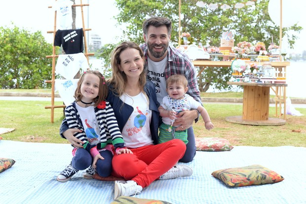 Fernanda Rodrigues comemora três anos do blog Cheguei ao Mundo (Foto: Juliana Rezende / Divulgação)