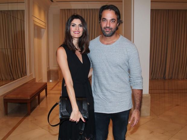 Isabella Fiorentino e o marido em festa em São Paulo (Foto: Manuela Scarpa/ Brazil News)