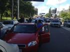 Motoristas do Uber protestam após morte de colega em Porto Alegre