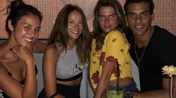 Yanna, Mari, Gabi e Marcello (Foto: Reprodução/Instagram)