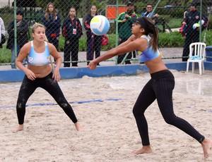 Kauany Ignácio e Isadora Vieira vôlei guarujá (Foto: Divulgação / Prefeitura de Guarujá)