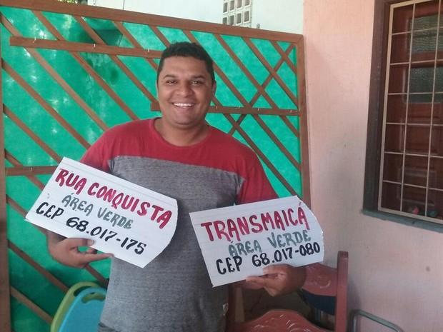 Moradores fizeram placas para identificas ruas do bairro Área Verde (Foto: Paulo Nobre/Arquivo Pessoal)
