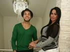 Belo e Gracyanne Barbosa posam para o EGO e contam o que fazem para não deixar a relação esfriar