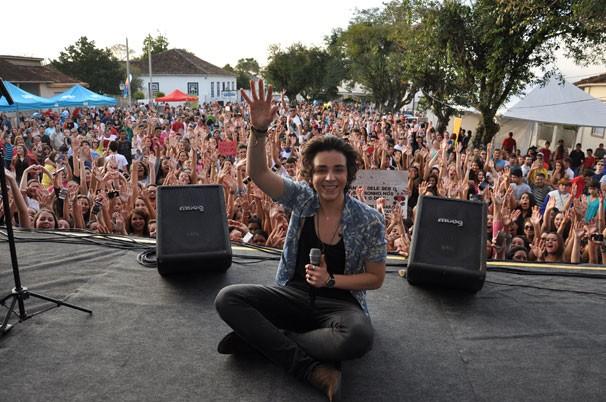 Edu Chociay levantou mais de cinco mil pessoas (Foto: Roger Santmor/ RPC)