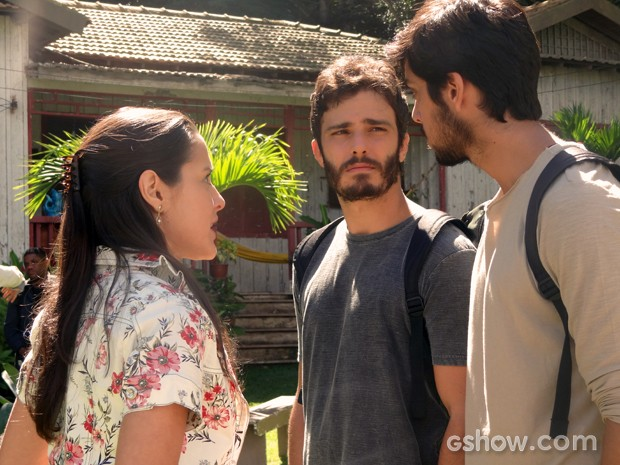 Sandra proibe que os sobrinhos falem mal de si mesmos (Foto: Além do Horizonte/TV Globo)