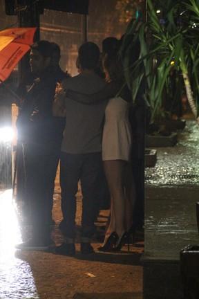 Daniel Rocha e Rafaella Cito na Zona Sul do Rio (Foto: Rodrigo dos Anjos/ Ag. News)