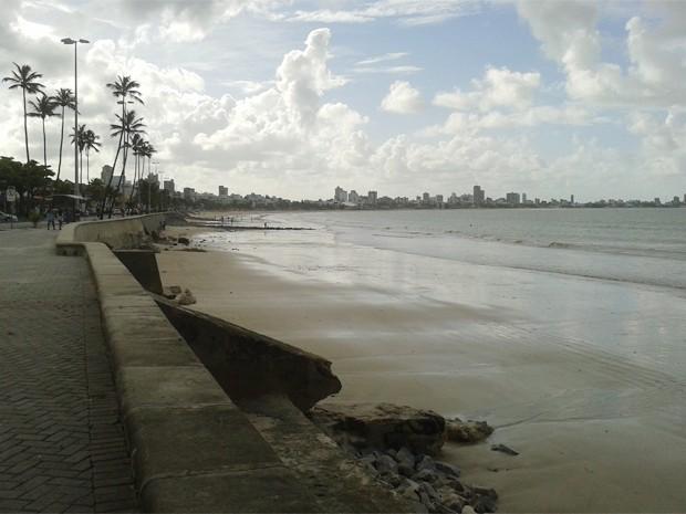 Praia de Manaíra, em João Pessoa (Foto: Krystine Carneiro/G1)