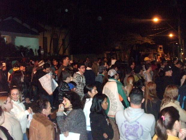 Protesto em Rio das Pedras (Foto: Wlademir Henrique Ribeiro/VC no G1)