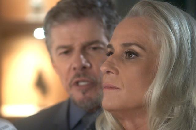 Vera Holtz e José Mayer em 'A lei do amor' (Foto: TV Globo)