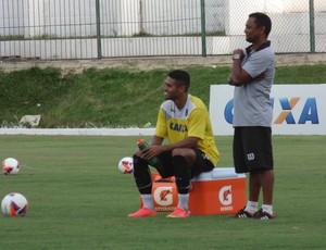 Kayke - atacante do ABC poupado treino (Foto: Carlos Arthur da Cruz/GloboEsporte.com)