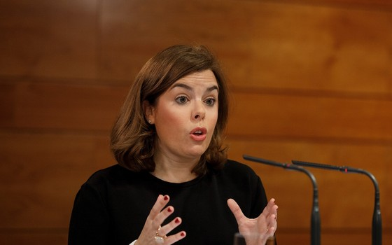 A vice-presidente da Espanha, Soraya Sáenz de Santamaría, agora responsável pela administração da Catalunha (Foto: Getty Images)