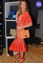 Look do dia: Letícia Birkheuer aposta em vestido volumoso para ir ao SPFW