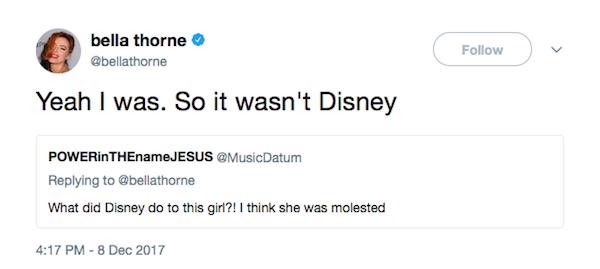 A mensagem na qual a atriz Bella Thorne revela ter sido vítima de abuso sexual (Foto: Twitter)