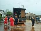 Três famílias são levadas para abrigos após cheia em cidade no AP
