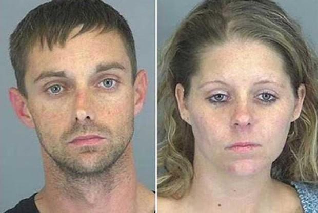 Brandon Terry e Casey Fowler ligaram 5 vezes para polícia no mesmo dia (Foto:  Spartanburg County Jail)