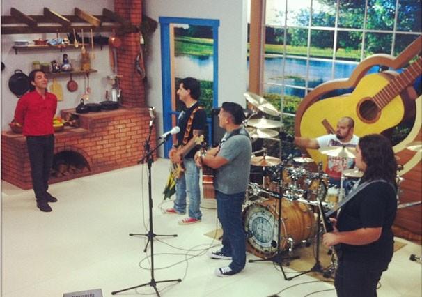 Rolou muito rock no Meu MS deste sábado (20) com a banda Mãe Joana (Foto: Reprodução/TVMO)