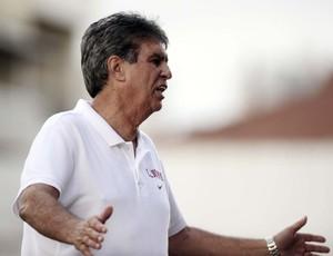 Luiz Carlos Ferreira, técnico do Juventus (Foto: Marcos Ribolli / Globoesporte.com)