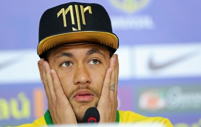 Neymar coletiva Seleção (Foto: Mowa Press)