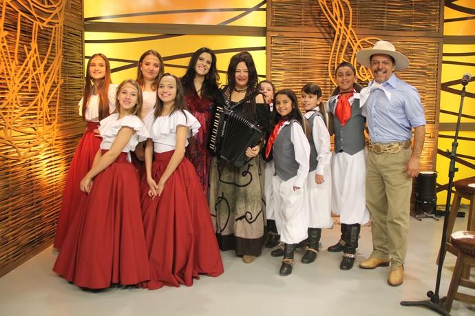 Cássia Abreu Galpão Crioulo (Foto: Maicon Hinrichsen/RBS TV)