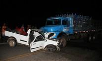 Batida entre carro e caminhão mata idoso (Raimundo Mascarenhas / Calila Noticias)