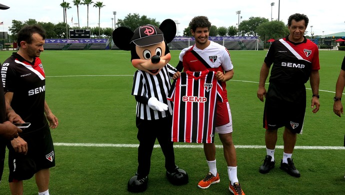 Mickey treino são paulo alexandre pato  (Foto: Fabricio Crepaldi)