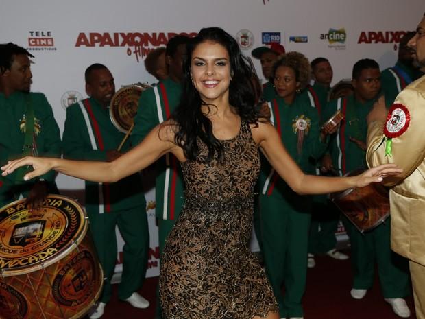 Paloma Bernardi em pré-estreia de filme na Zona Sul do Rio (Foto: Ag. News)