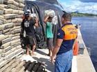 Afetados por seca em cidade no AM recebem 30t de cestas básicas
