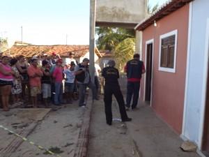 Crime aconteceu no assetamento Sítio Pau Branco, em Mossoró (Foto: Marcelino Neto/O Câmera)
