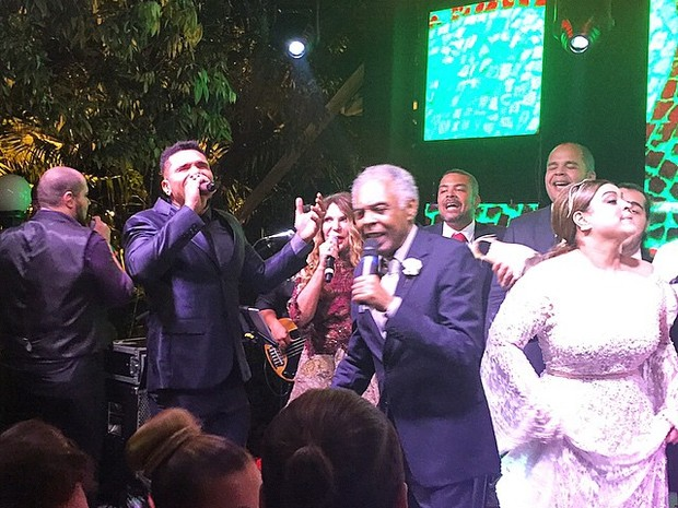 Famosos cantam na festa de casamento de Preta Gil e Rodrigo Godoy em Santa Teresa, no  (Foto: Instagram/ Reprodução)