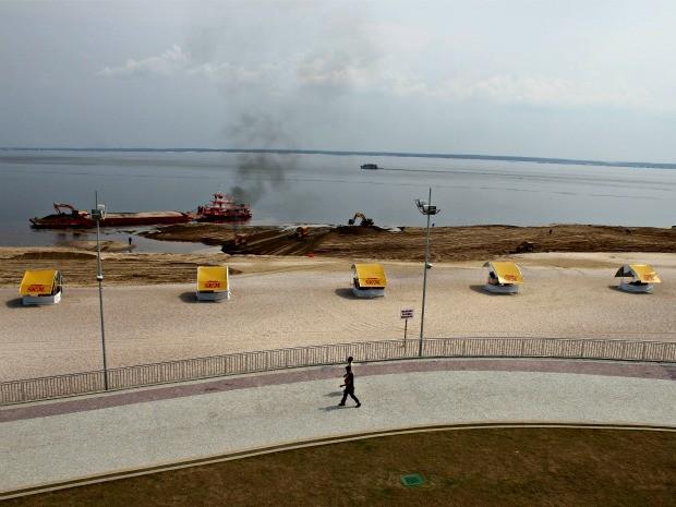 Interdição da Praia da Ponta Negra em Manaus (Foto: Adneison Severiano G1/AM)
