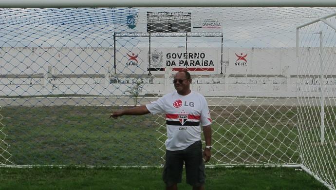 Pedro Cangula, pai do Marcelinhoi Paraíba (Foto: Marcelo Prado / GLOBOESPORTE.COM)
