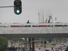 No DF, neblina suspende pousos no aeroporto e 'esconde' monumentos