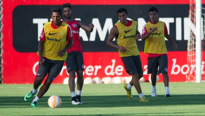 Nicolás Freitas Internacional treino (Foto: Alexandre Lops/Internacional)