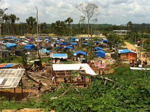 Área invadida fica localizada nas proximidades do Sistema de Vigilância da Amazônia (Foto: Ana Graziela Maia/G1)