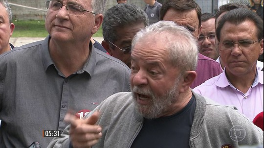 Lula e outros nove são indiciados pela Polícia Federal por corrupção passiva