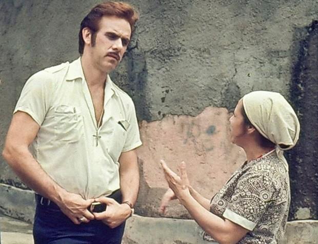 Francisco Cuoco como Carlão na novela Pecado Capital (1975) (Foto: Divulgação Globo)