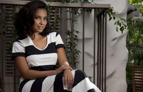 Ela fará par com o ator português Pedro Carvalho, o Miguel, e será maltratada pelo Comendador Almeida (Fernando Pavão) Marcia Foletto