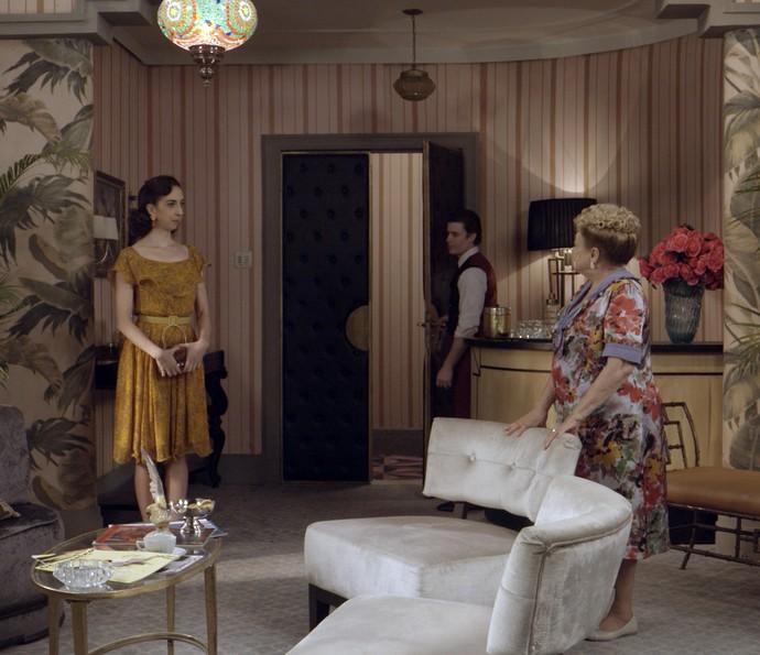 Paulina recebe Clarice (Foto: TV Globo)