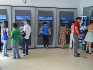 Agências bancárias são alvo em época de fim de ano (Foto: Magda Oliveira/G1)