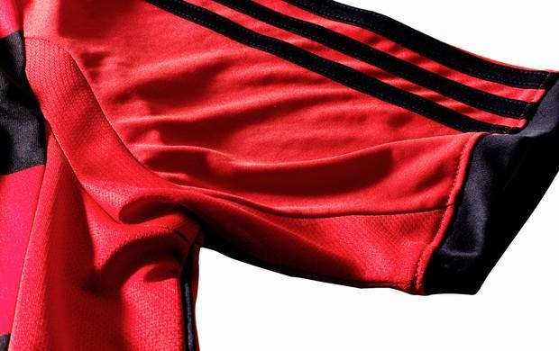 detalhes camisa flamengo (Foto: Divulgação)