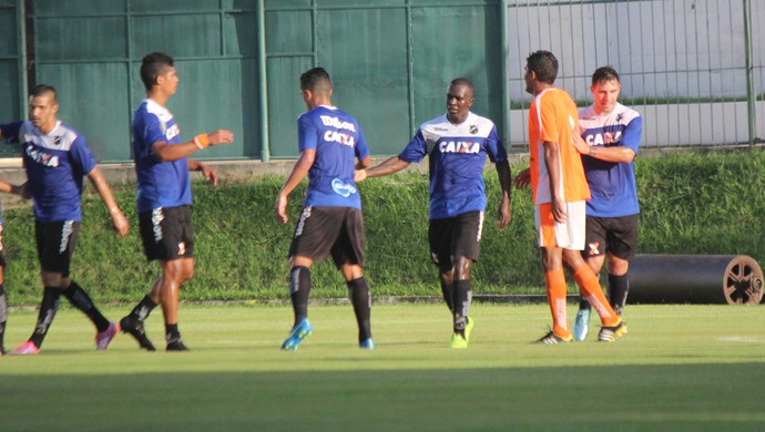 Jones Carioca ABC x Safern (Foto: Augusto Gomes/GloboEsporte.com)