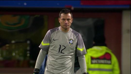 Na mira da Roma, Diego Alves é mais respeitado na Europa, diz jornalista