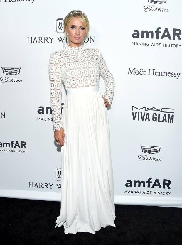Paris Hilton em evento em Los Angeles, nos Estados Unidos (Foto: Kevin Tachman/ Getty Images)