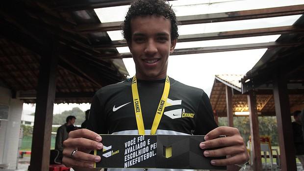 A Chance Rio de Janeiro Yuri Santana meia (Foto: Divulgação/NikeFutebol)