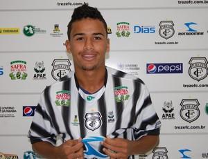 Téssio, meia do Treze (Foto: Silas Batista / Globoesporte.com/pb)