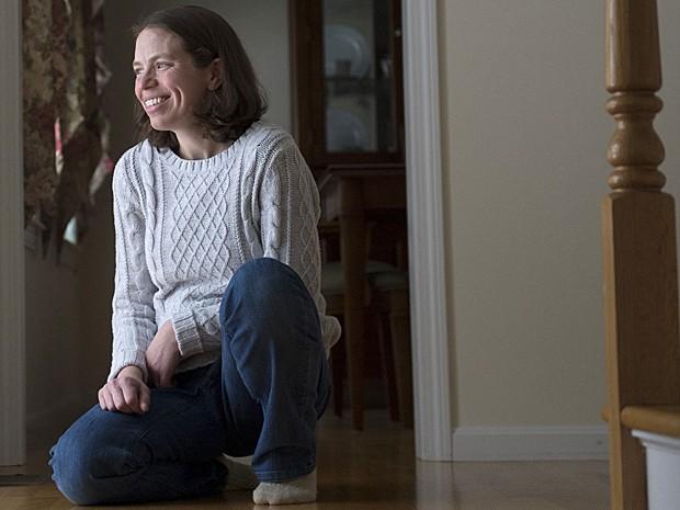 Transplante de fezes (Foto: Gretchen Ertl/The New York Times)