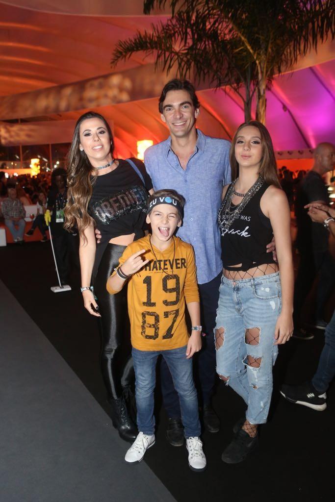 Giba curtiu o Rock in Rio com a família (Foto: Lucas Soares)