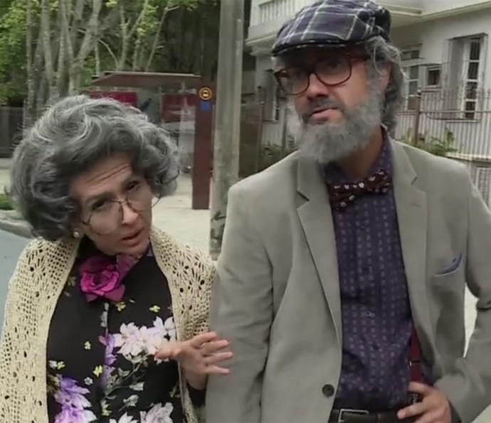 Tatá Werneck e Gabriel Godoy se caracterizam em 'Haja Coração' (Foto: TV Globo)