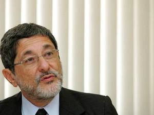 Dilma tem de ser responsabilizada por perdas de Pasadena, diz Gabrielli ao TCU